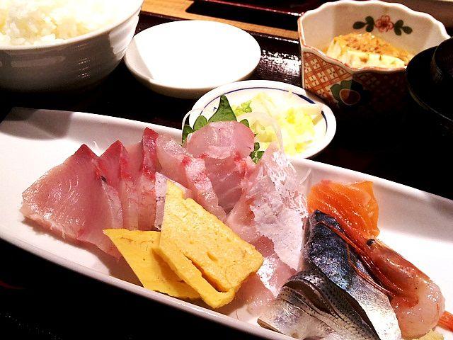 尾長と鰤のお刺身定食@魚がし厨房湊屋